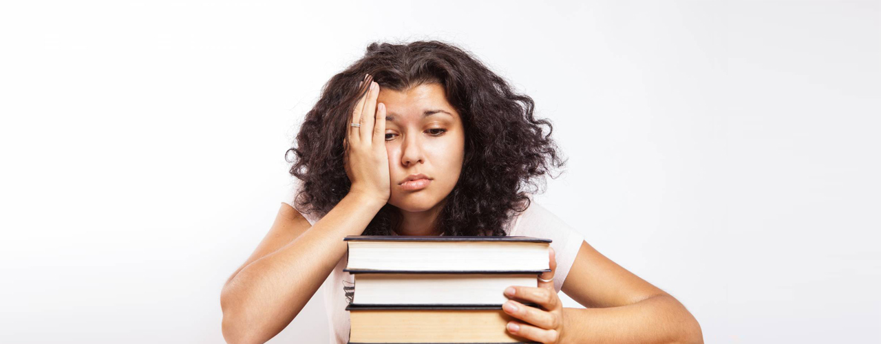 hero-lady-unwell-during-exam
